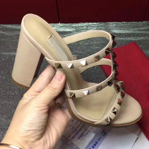 Talones de diseño sandalias de las mujeres de calidad superior de tacón alto Bombas señoras vestido Charol Zapatos de mujer de moda individuales