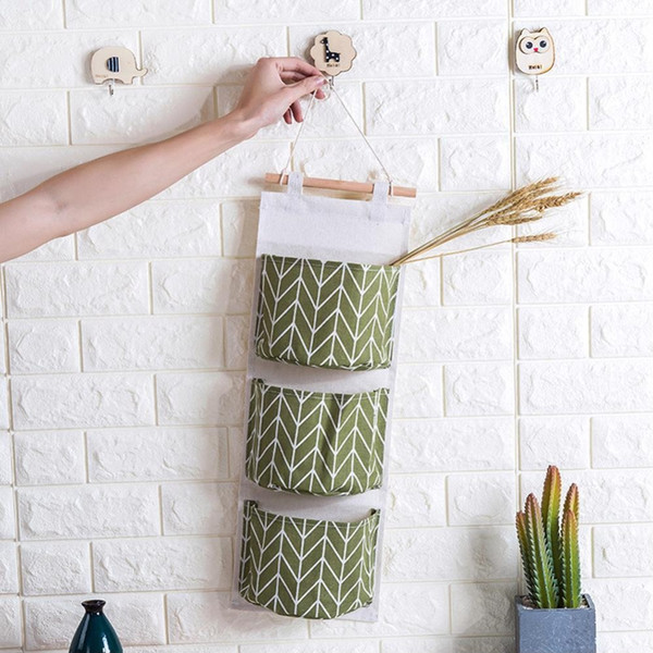 Line Pattern Cotton Linen Hanging Storage Bag 3 Pockets Wall Mounted Wardrobe Hang Bag Wall Pouch Cosmetic Toys