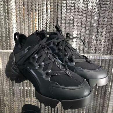 Luxury Runner Shoe Neopreno zapatos casuales zapatillas de deporte de la nueva temporada Corredores de alta calidad al aire libre zapatos de senderismo Venta caliente Chunky Sneakers sdsa82