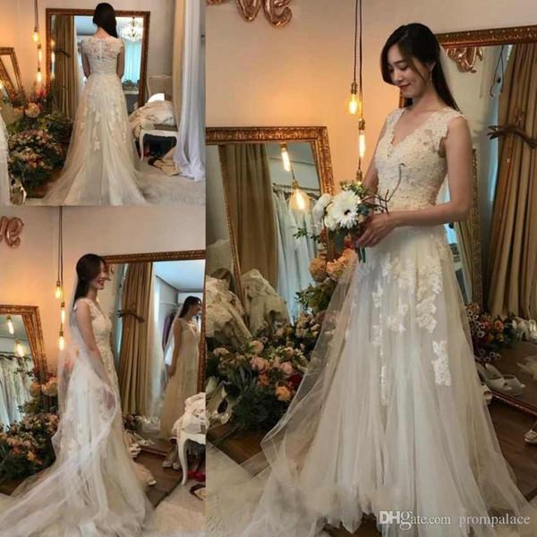 Online V-Ausschnitt A-Line Brautkleider ärmellose Tüll Satin Reißverschluss zurück nach Maß elegante Brautkleider Brautkleider