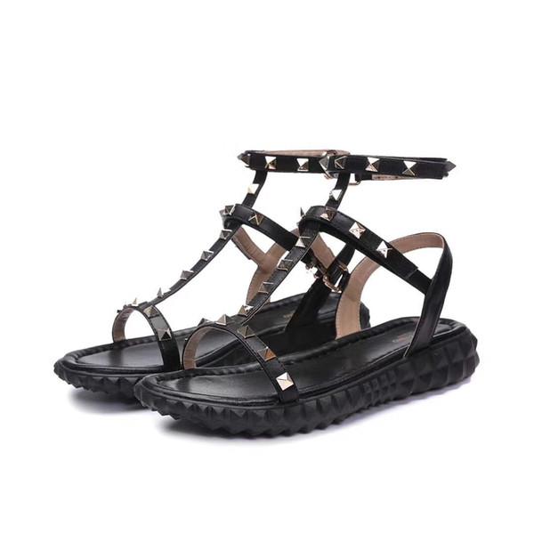 2018 mulheres Designer de couro Genuíno plana partido moda rebites meninas sexy pés descalços sapatos sapatos de casamento sandálias Duplas sandálias tamanho 35-40