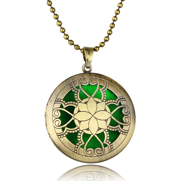 2018 New Wholesale Fashion Matching Hollow Flower Bringing Sweater Chain Pendant Necklace Women's Fragrance Color Accessories For Women Gift