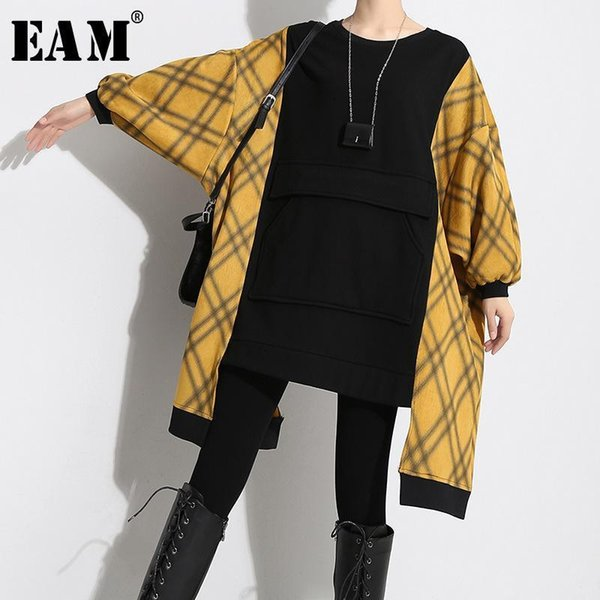 [eam] Nice New Spring Winter Round Neck Long Sleeve Pliad Irregular Back Pocket Stitch Big Size Sweatshirt Women Fashion Jl464