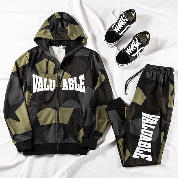 2019 Spring New Men's Casual camouflage two-piece set Letter embroidery hooded jacket and pants