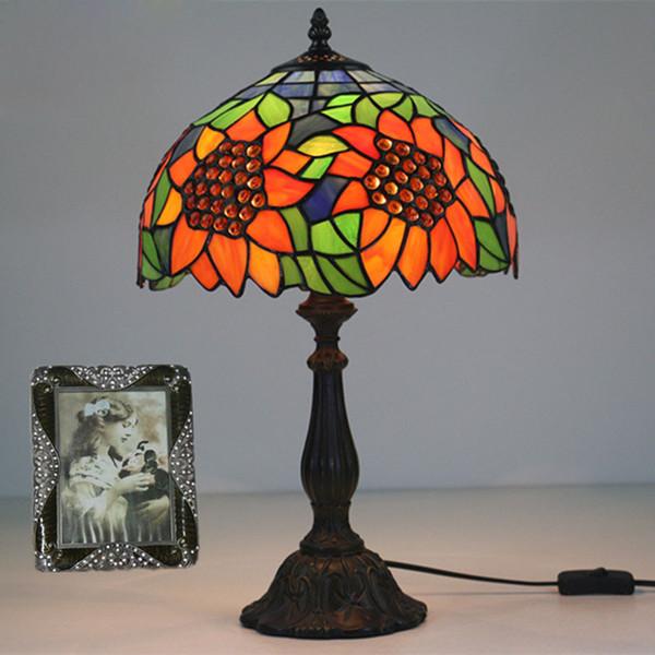 12 Inch American Vintage Stained Glass Sunflowers Table Light Bedside LED Light Table Lamp LED Desk Lamp For Living Room Bedroom Study