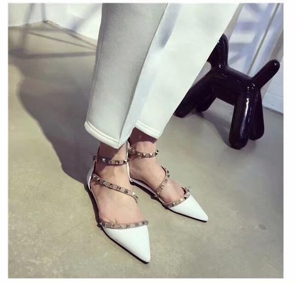 Sıcak Satış-yeni Marka Tasarım Şık Kadın Sivri Patent Deri Ayakkabı Ile Çift Toka Düz Ayakkabı seksi sıcak kız Parti Ve Günlük Düz Ayakkabı