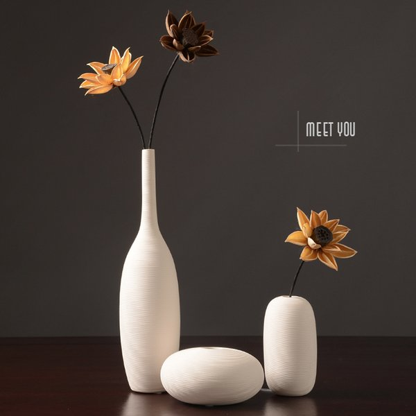 2018 New Chinese Jingdezhen Porcelain Creativity Modern Style White Vases Ceramic Vases For Wedding Home Decoration Gifts 2 Y19062803