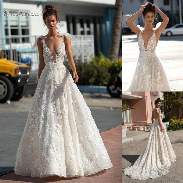 2019 mais novo Berta A linha de vestidos de casamento V profundo Spaghetti Straps Handmade flores de casamento de praia vestido de noiva robe de casamento