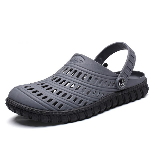 Fashion Men Sandals 2019 Summer Men Beach Hollow Breathable Sandals Casual Shoes Male Water Slippers Sapatos Hembre Flip Flops