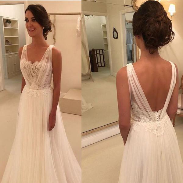 8de1b0dfef631 2019 Beach Wedding Dresses Tulle V-neck A Line Lace Appliques Beads Sequins  Bohemian Full
