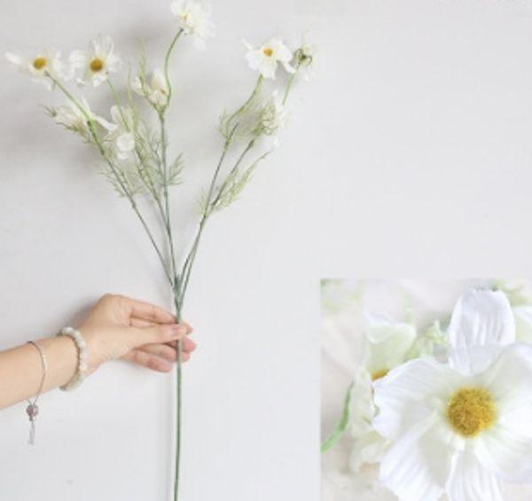 Fleur de chrysanthème en soie n ° 1