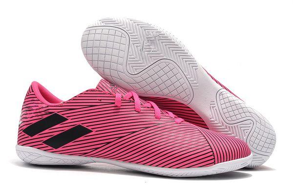 pink IC