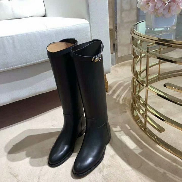Botas de caballero de marca Botas sobre la rodilla Botas de tacón bajo de cuero de diseñador Zapatos de zapatos de alta calidad con cremallera