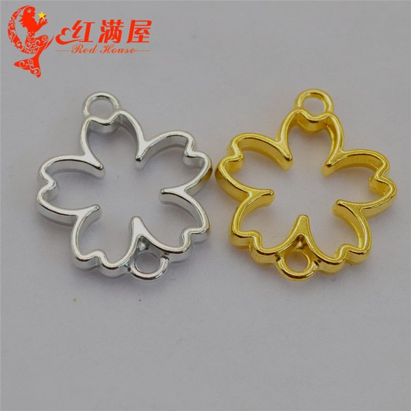50pcs 29*23MM Antique bronze hollowed clover flower charms gold glue metal frame blank hollow pendants vintage DIY jewelry making ornament