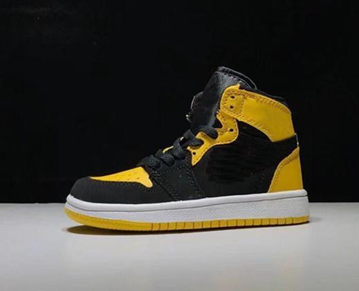 renk 9 beyaz siyah sarı onay