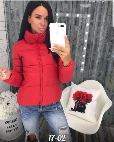 빨간색 여성 코트