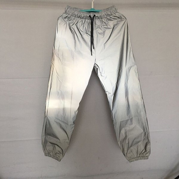 2019Men 3M reflexiva Pants Hip Hop Dance Curto Calças comprimento do joelho harajuku Jogger Calças Noite Reflective Boardshorts