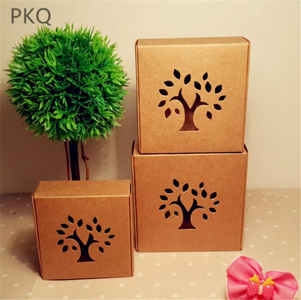50 stücke Hohl Baum Kraftpapier Geschenkbox für Hochzeit Gunsten Süßigkeiten Handgemachte Seifenkiste Schmuck verpackung Braun Fensterschachteln