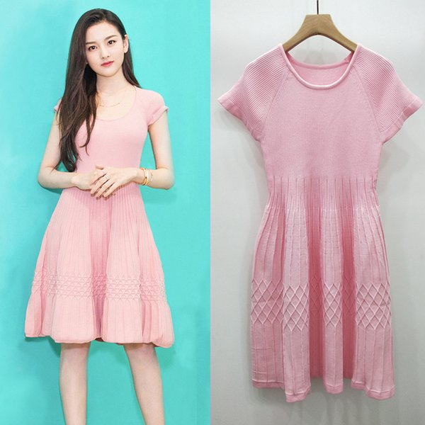 2019 new design women dress Pink Color Slim Thin Knitted Stripe Dress Puffy Pleated Skirt Female Dresses womens clothes with high quality