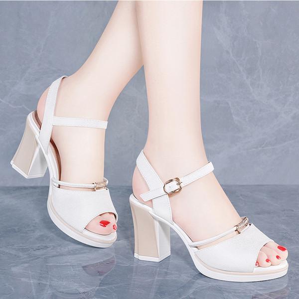 Rouge Baitao Chaussures Vent Acheter Fée Bouton Hauts Poisson Talons Femme Sandales Nouveau Net Épais De À 2019 Bouche Été Étudiant knwP0O