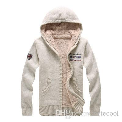 Automne Hiver Fashion Casual Coat Cardigan Hommes Loose Fit 100% laine chaud vêtements tricot Pull à capuche Manteaux d'hiver d'hommes Sharked