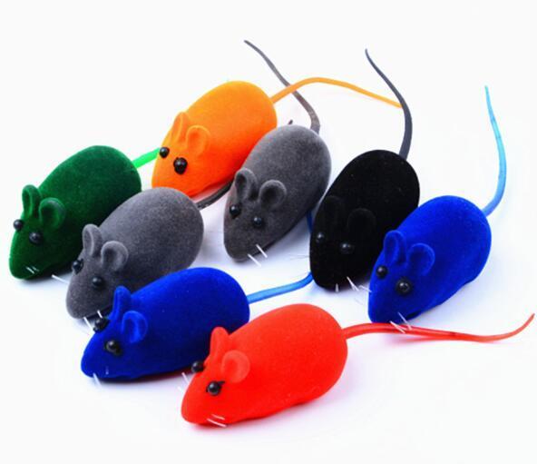 Färben Sie das realistische Haustier, das stichhaltiges Mäuseantidepressionskatzenspielzeug sich schart, das Mäusespielzeug WL442