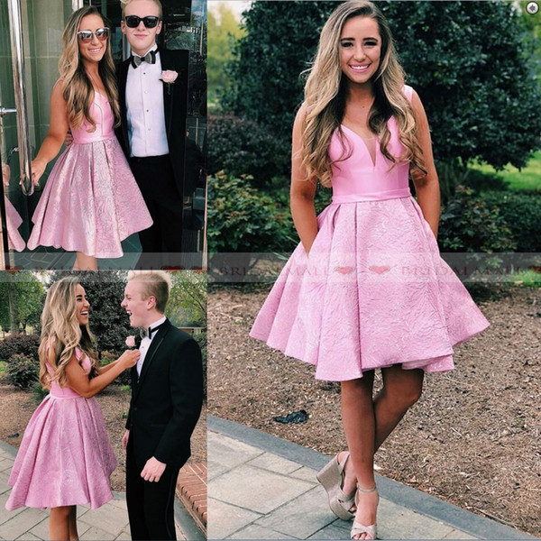 Cutest 2k19 Draped Pink Satin Homecoming Dresses With Pockets V Neck Lace Appliques Cocktail Party Gowns Knee Length Prom Dress Graduation