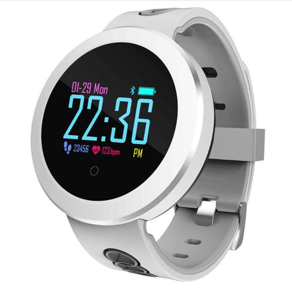 Q8 Pro smartwatch White