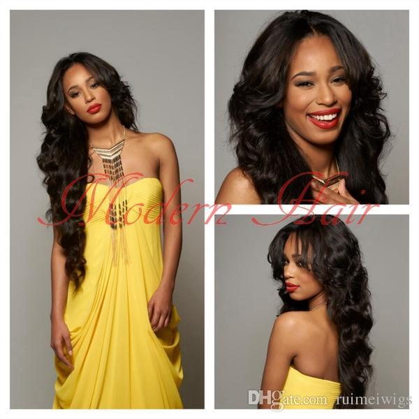 Synthetische Spitzefrontseitenperücken der natürlichen Perückekörperwelle / volle Spitzeperücke mit dem Babyhaar für schwarze Frauen geben Verschiffen Rihannas Frisur frei