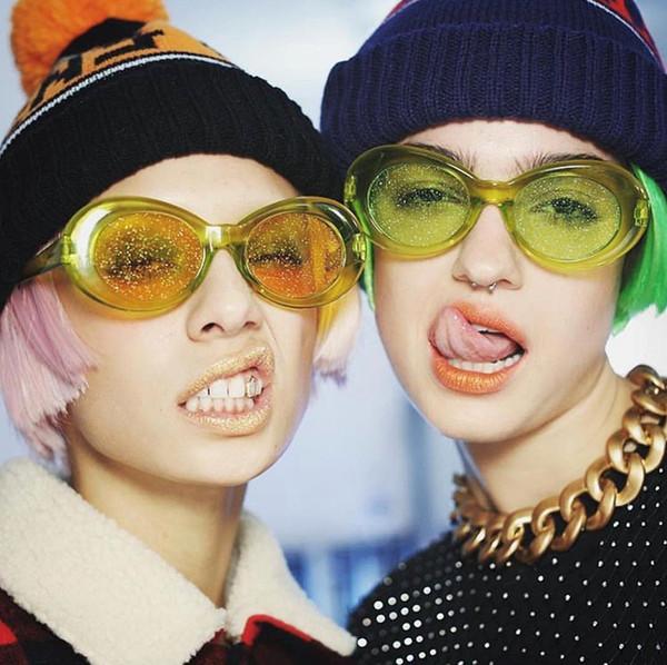 9 stilleri Güneş Kadınlar 2019 Vintage Oval Gözlük Glitter Lensler Gözlük Erkekler için Marka Tasarımcısı Şeker Kırmızı Pembe Sarı Sunglass bldz005