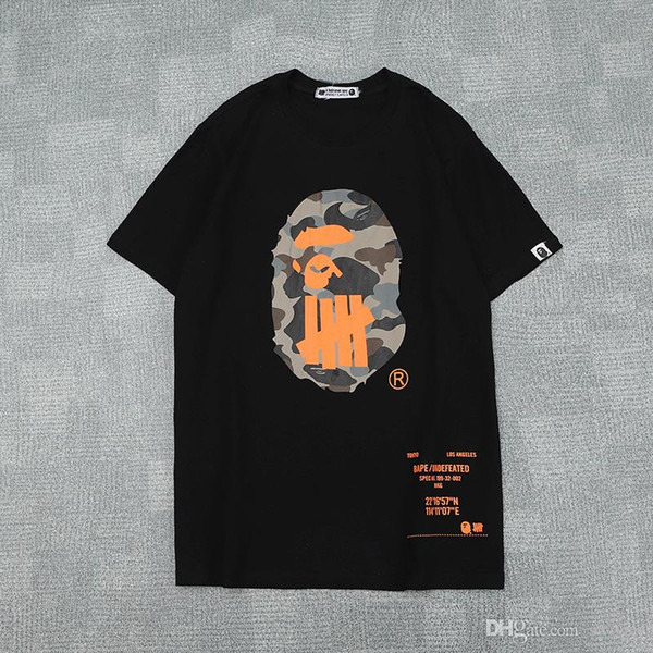 2019 Amante do verão Preto Branco Laranja Impressão Dos Desenhos Animados Casual T-Shirt dos homens Casual Camo Manga Curta Camisetas Soltas Tamanhos M-2XL