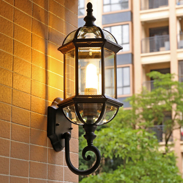 Village Clear Glass Metal Lantern with LED Bulb Wateproof Exterior Wall lamp Antique Outdoor Garden Wall Lighting for Country Yard Gate