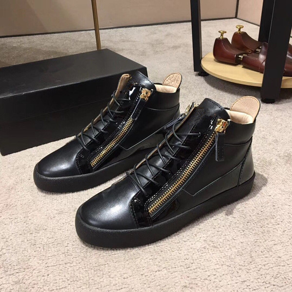 Nouveau 2019 Mens Winsed Patent Leather Womens avec baskets bas à glissière en velours côtelé Patchwork, Marque Casual chaussures 35-46Drop expédition M21
