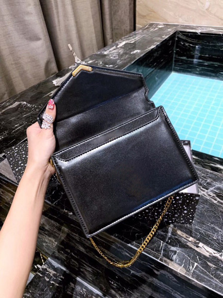 Designer Luxury Handbags Purses Designer Crossbody Bag Hot Sale New Arrival Free Shipping 22cm Classic Black Brown Red with Letter Y Fashion