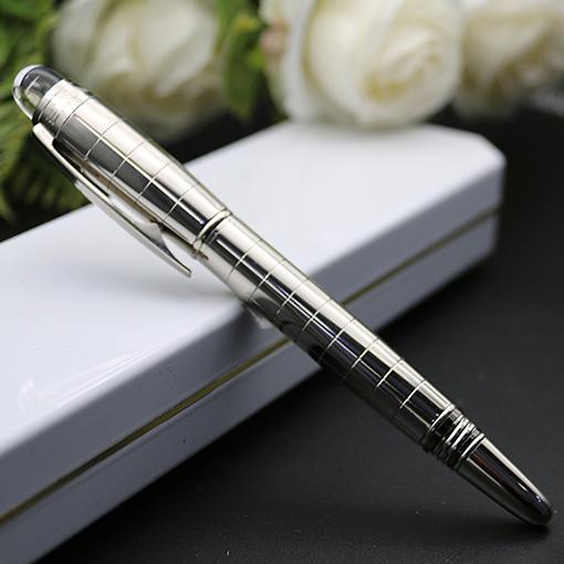 A +++ All Metal Roller Pen