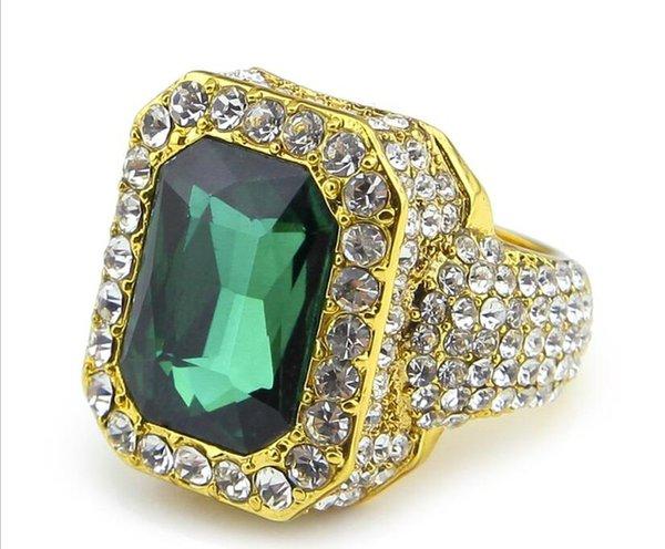 золото зеленый камень
