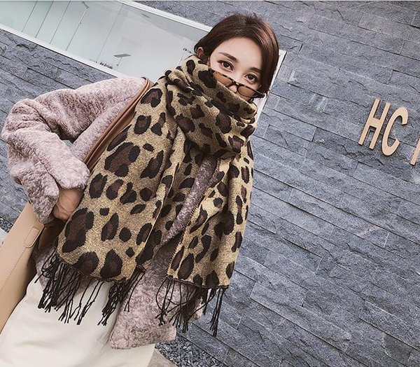 Sexy leopard print thickened warm scarf, autumn and winter thickened scarf, dual purpose cashmere soft scarf, air conditioning shawl autumn