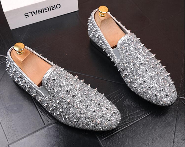 New factory brand men shinny glitter gold and silver spikes shoes slip on loafers rivets men casual shoes