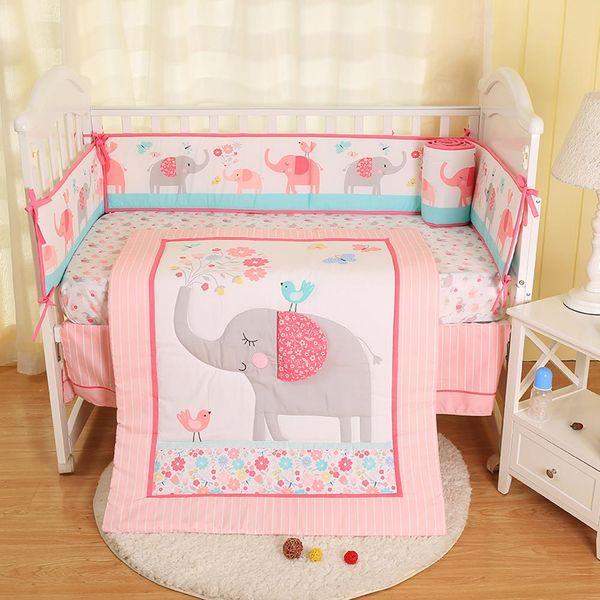 Детское постельное белье четыре кусок розовый вышитые комфортную детскую площадку бампер приспособленный лист кровать распространение