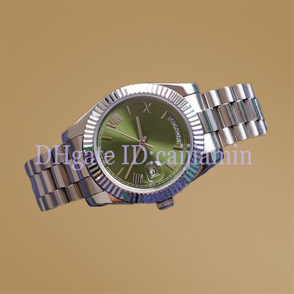 الأخضر الفضي
