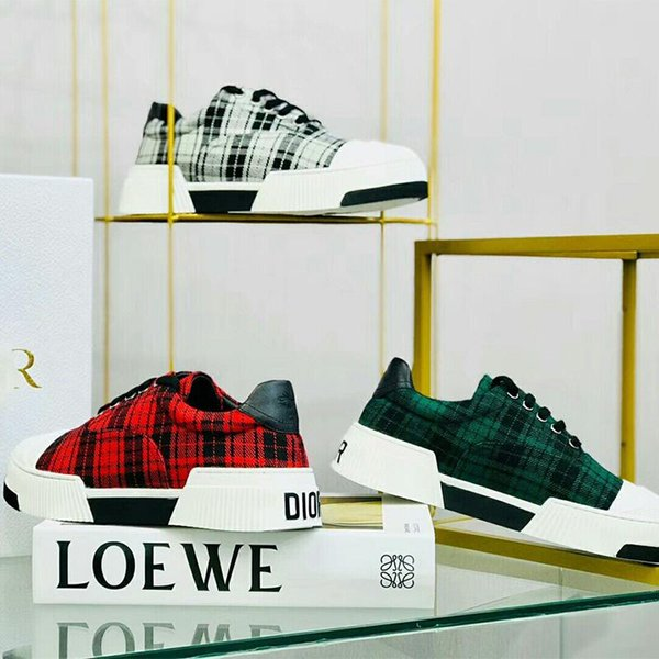 2020 women Classic Trendy Luxury plaid Shoes with New Arrival Casaul Leather Rivoli Sneakers Fashion Patchwork Plaid Flat drving Shoes