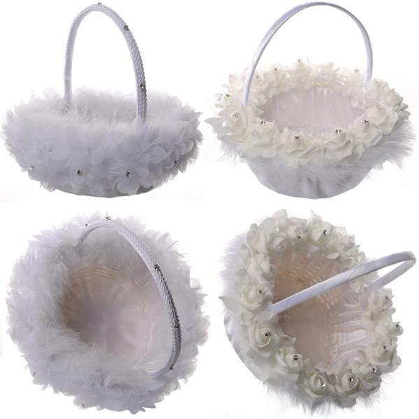 Cesta de niña de las flores de plumas de avestruz blanca Cesta de flores de seda redonda elegante Favores de la boda Accesorio de boda Nuevo