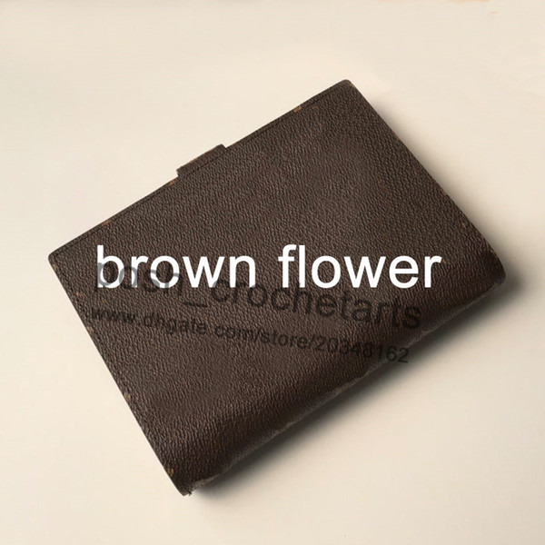 Kahverengi çiçek