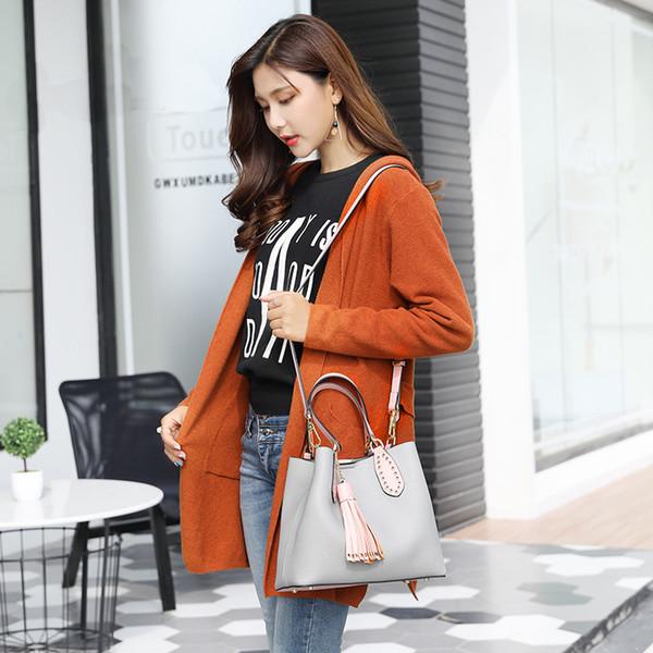 002 Mujeres Estilo coreano Chic PU Cuero Borla Bolsos de cubo Bolsas de asas con asa superior rosa Señora Ocio Bolso de hombro con embrague