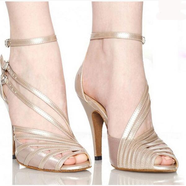 9927d84d94 Mulheres Sapatos de dança de salão Latina Feminino salsa sandália Sola  Macia Kizomba samba tango sapatos