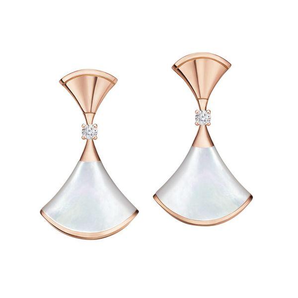 Naturstein perlweißes Kleid Charm Ohrringe Ohrstecker Diva's Traum fächerförmig berühmter Designer mit LOGO Box