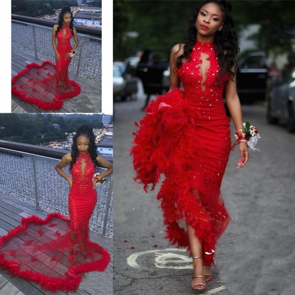 Vestidos de fiesta con plumas 2019