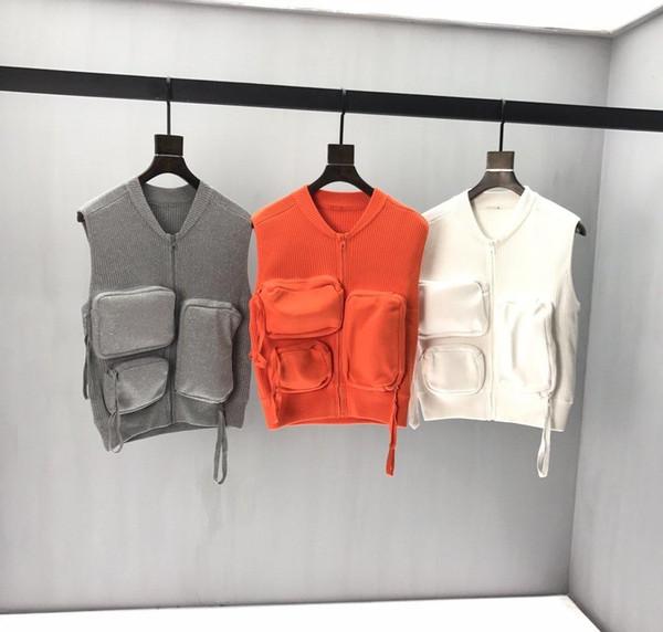 19FW Mens Sweaters Multi-pocket Vest Autumn Winter letter stripe Very comfortable stripe Top quality Crew Neck gray white31