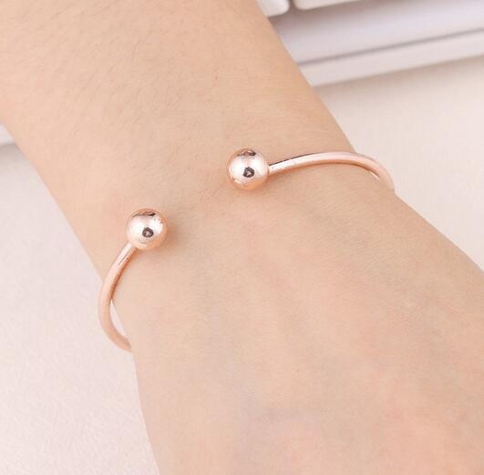NS84 Vente Chaude Simple Manchette Bracelet Or-Couleur Bracelet Pour Les Femmes Argent Couleur Bracelet En Métal De Mode Bijoux En Gros