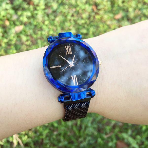 Popular Fashion Brand Women's Girl Colorful color Metal steel band Magnetic buckle style quartz wrist watch GU58